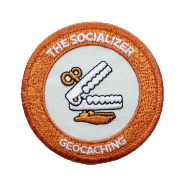 The Socializer - našitek-0